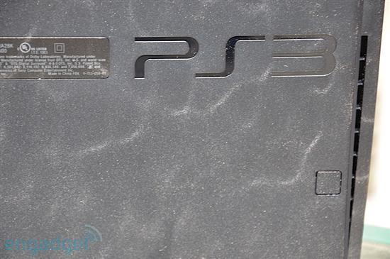 轻薄版PS3 Slim拆箱实物赏