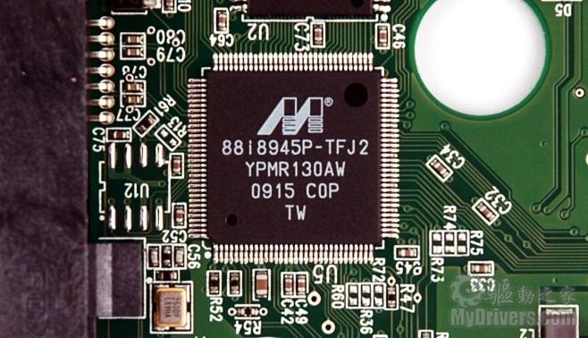 pcb控制电路部分,这款产品采用了主控芯片与缓存分离式设计.