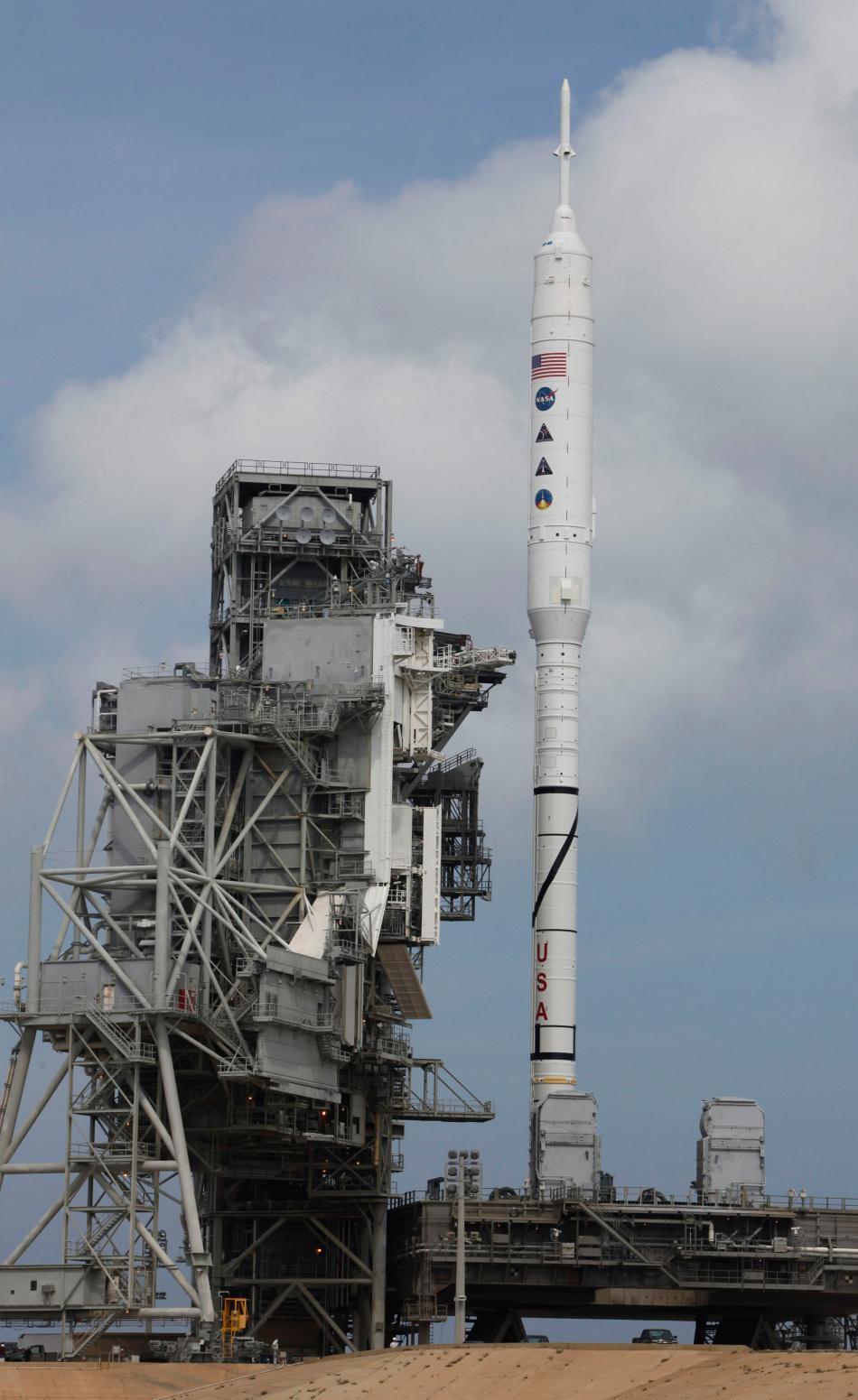 火箭推��fj_高清组图 美国试射新一代载人火箭战神1-x