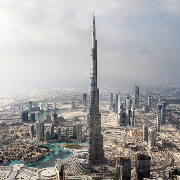 世界最高摩天大楼迪拜塔基本建成