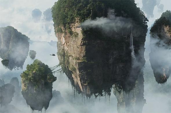 """北京时间4月26日消息,据美国《时代》杂志报道,影迷们期盼已久的《阿凡达》DVD以及蓝光碟于4月22日世界地球日全球同步发行。在这部科幻史诗大片中,导演詹姆斯·卡梅隆向人们表达了""""我们需要一个绿色家园""""这一不容辩驳的观点。他在接受《未来主义:詹姆斯·卡梅隆的生活及电影》(The Futurist: The Life and Films of James Cameron)作者采访时说:""""地球上的所有生命都彼此联系在一起。我们一直向大自然索取,却"""