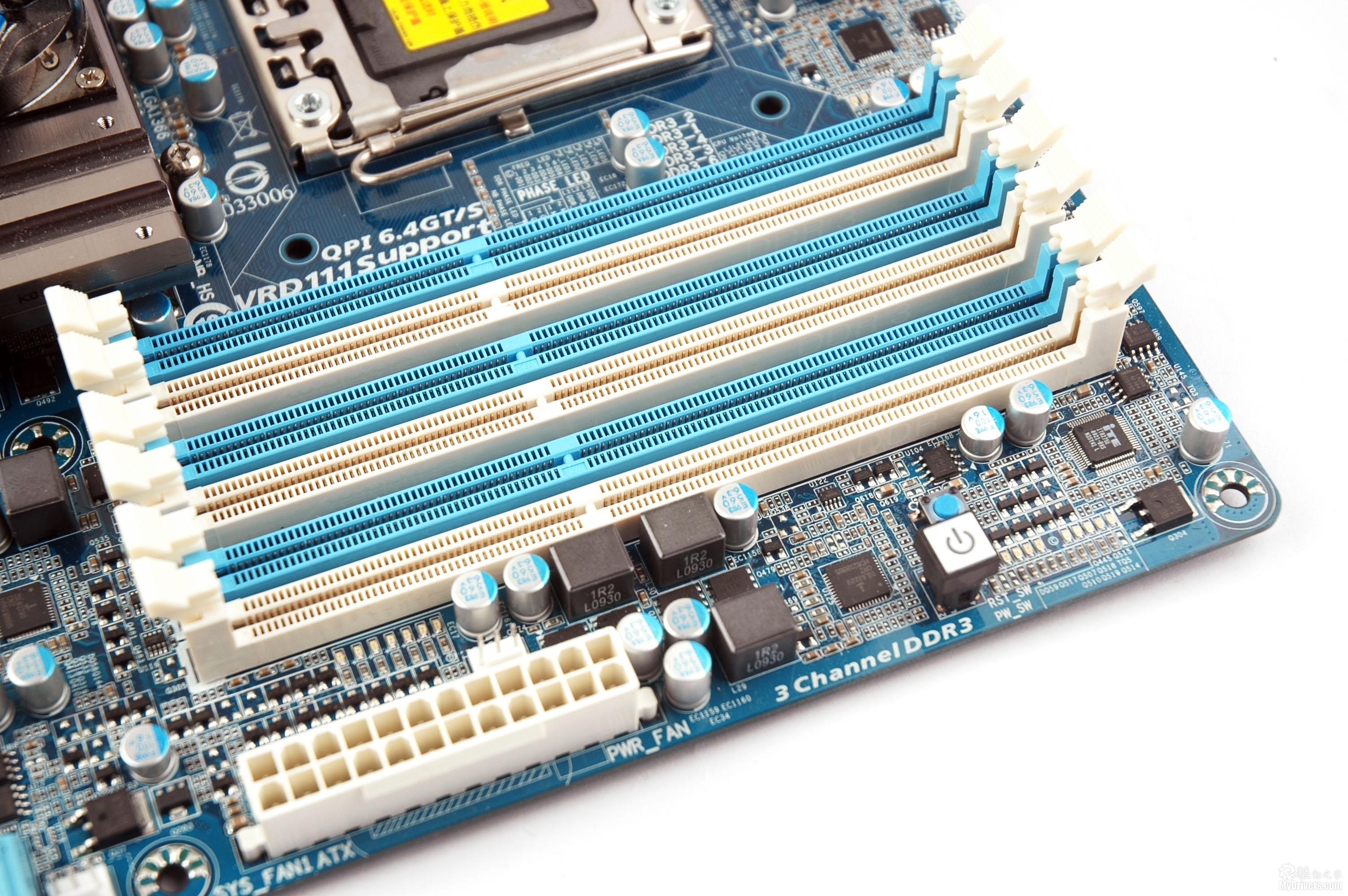 """[产品赏析] 在Intel P55芯片组刚刚发布之初技嘉便在其上引入了全新的""""333""""主板概念,即SATA 3、USB 3.0以及USB 3倍供电设计,之后技嘉又推出了多款支持""""333""""概念的P55主板,""""333""""主板一时间成为业界的热点,随后技嘉乘势将这一概念延伸到了更为高端的旗舰级X58产品之上于是,集众之所成的旗舰级X58主板——GA-X58A-UD7也就应运而生了。  GA-X58A-UD7 技嘉GA-"""