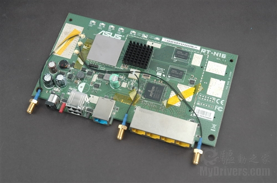 华硕rt-ac87u电路板