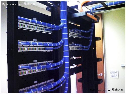 走进两大恢弘壮观的数据中心