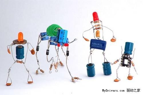 妙趣横生 可爱的电子元件机器人