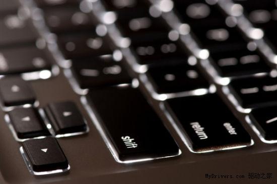 新闻中心 电脑办公 笔记本 > 键盘背光灯重回新款macbook air  此次