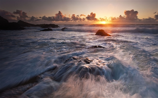 Windows 7官方主题:海边落日