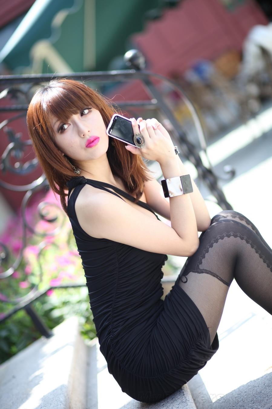 美女色刚身�_美女亲密接触 华硕t20手机美图赏析
