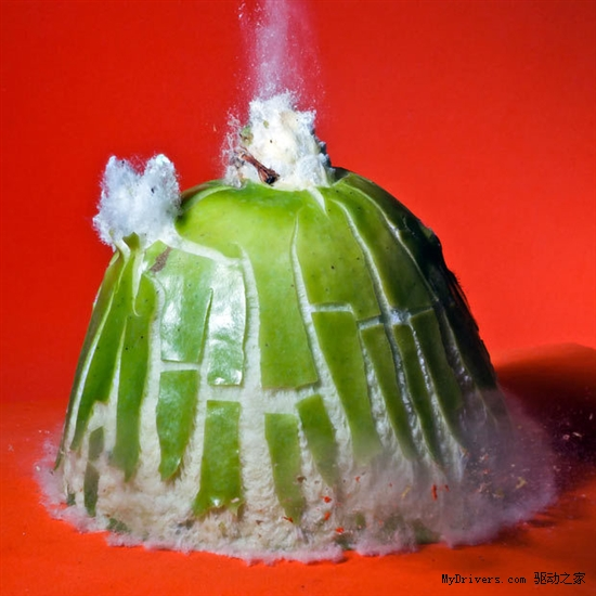 暴力美學:子彈高速穿透物體爆炸瞬間