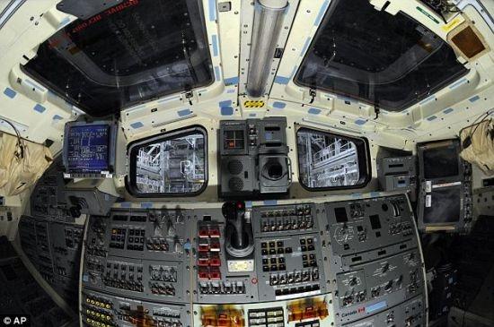 """飞机驾驶舱曝光  7月,完成最后一次航天飞机任务的"""""""