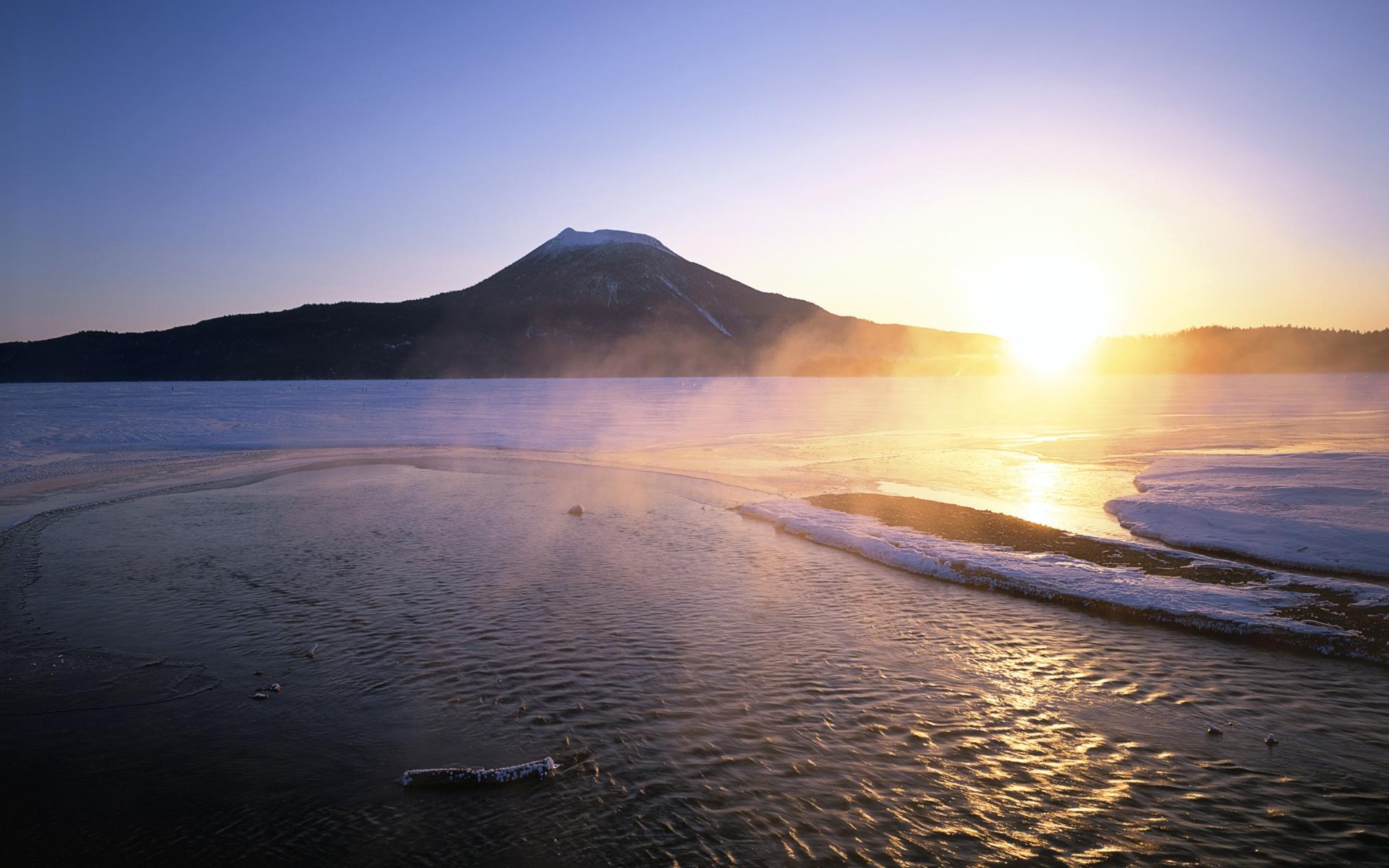 windows 7官方主题:《日本的黄昏与黎明》