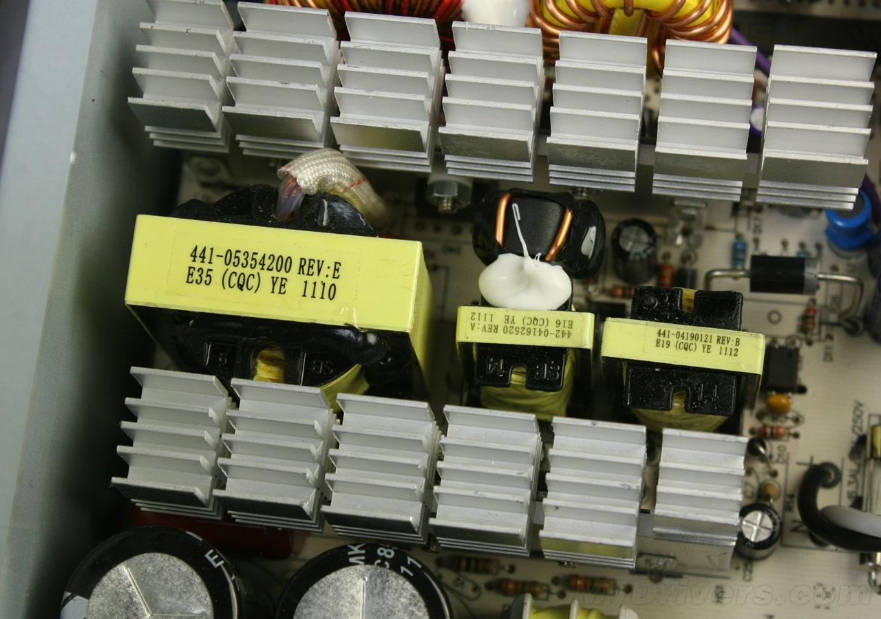 电脑变压器与硬盘接线图