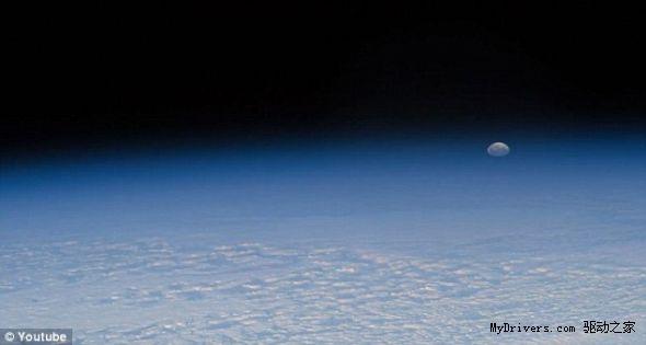 新闻中心 科学动态 天文航天    空间站上拍摄的一段视频的截图,展示
