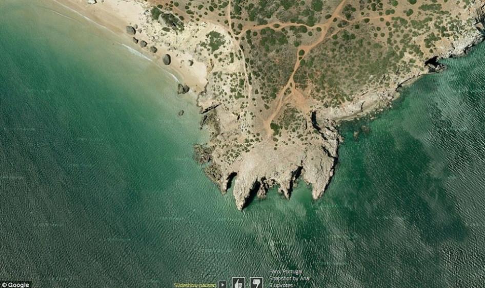> 十大震撼谷歌地图卫星照:俯瞰美国飞机墓地   这些照片是从谷歌地球