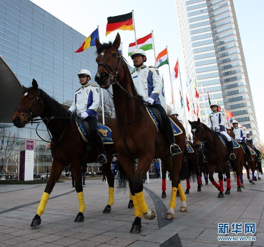 韩国出动装甲车保障核峰会安全