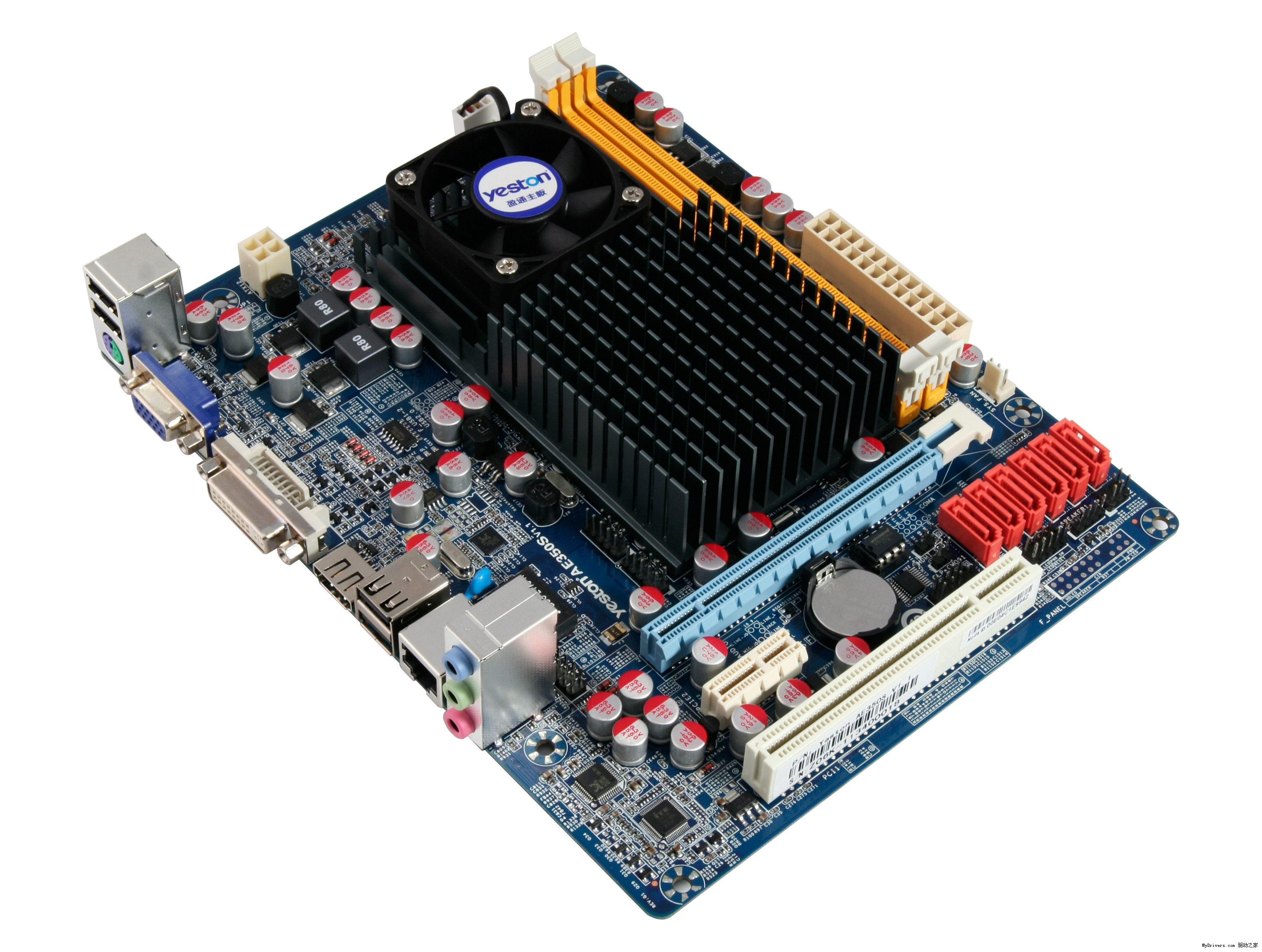 "Intel将在2013年发布继续采用22nm工艺、内核架构再次进化的Haswell处理器。据悉Haswell它将成为Intel第一颗针对主流笔记本市场设计的SoC片上系统处理器。SoC芯片都具备超高集成度,往往一颗芯片就能提供一套系统的全部处理能力,所以称之为""芯片上的系统""。Hawsell将会把CPU处理器、GPU图形核心、南北桥芯片、内存控制器、PCI-E控制器等等所有模块统统集成到一起,不再需要AMD/NV等其他任何辅助芯片。依稀记得十多年前INTEL搞了个I810主板的时候"