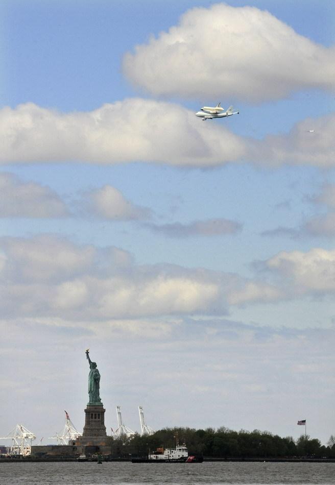 企业号航天飞机最后一次空中亮相