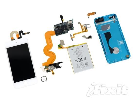 3381064电源管理芯片(类似iPhone 5上的苹果338S1117);绿色为