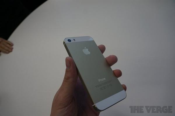 iPhone 5S上手:系統流暢 Home鍵手感很棒