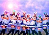 宅男看呆!日本最火美少女团首演:太魔性