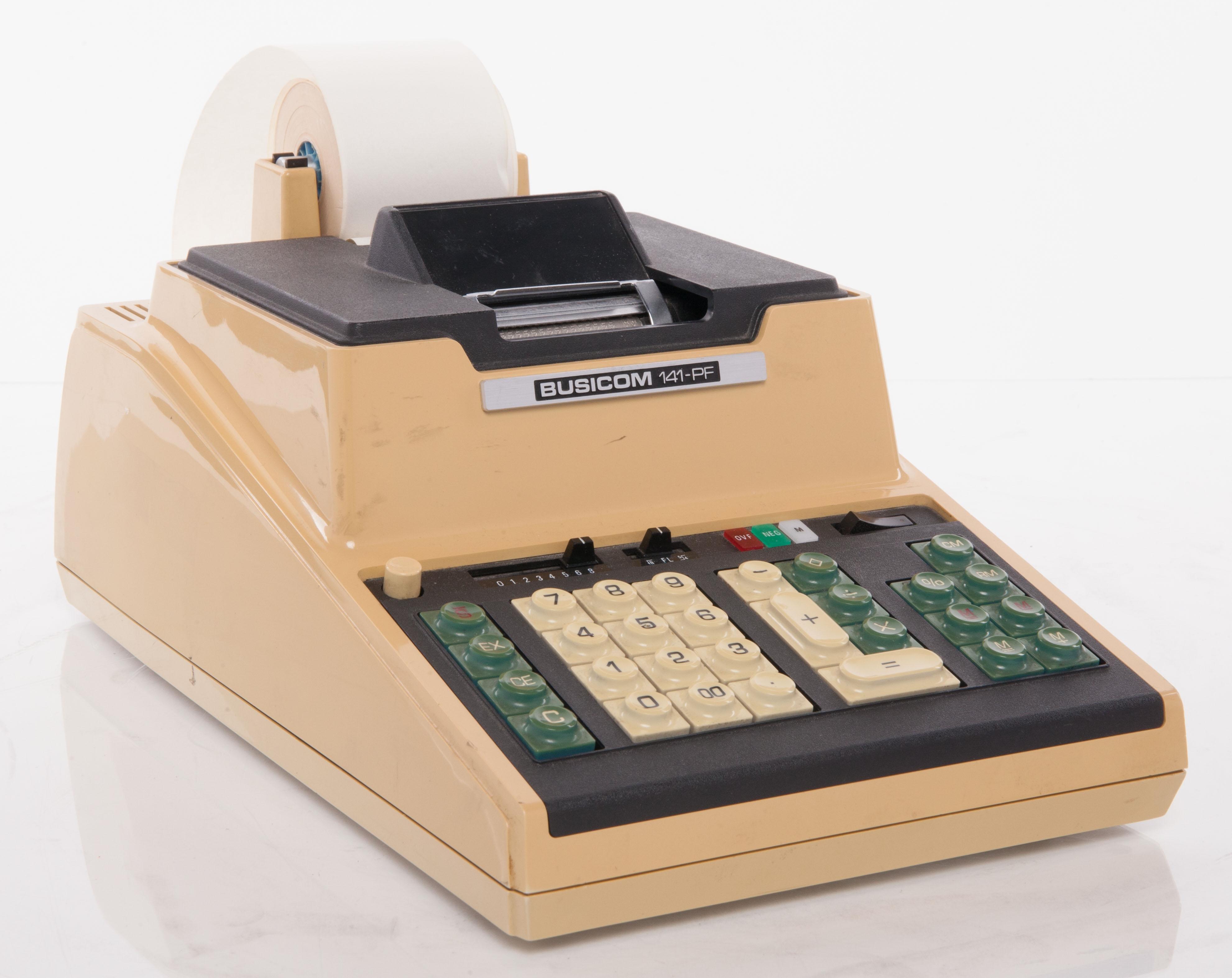 采用intel 4004处理器的busicom 141-pf桌面计算器