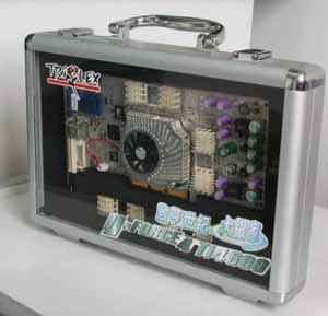 启亨大银家Geforce4 Ti4600神龙现身